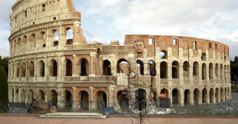 "The ""invisible"" art of Liu Bolin at the Vittoriano Complex"